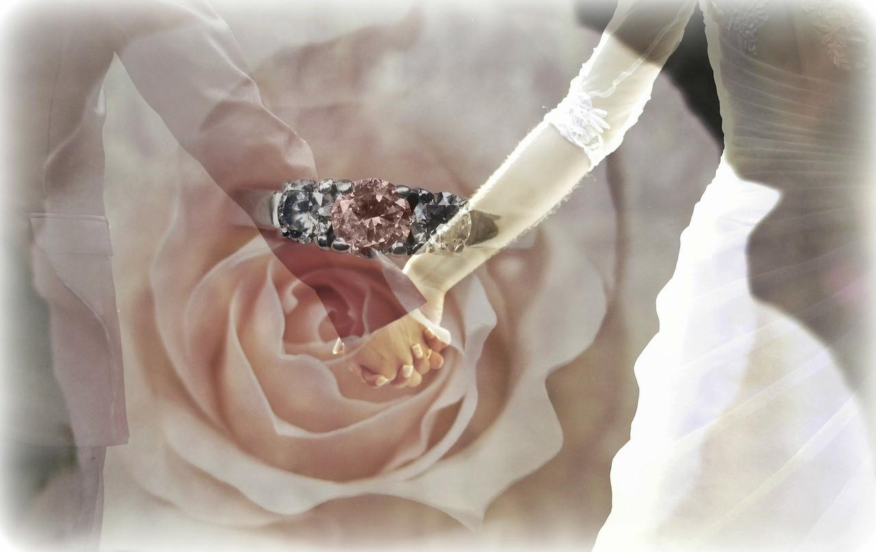 婚約指輪として使われるダイヤモンド